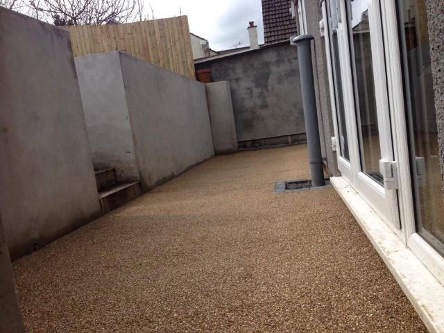 Resin patio in Amber1